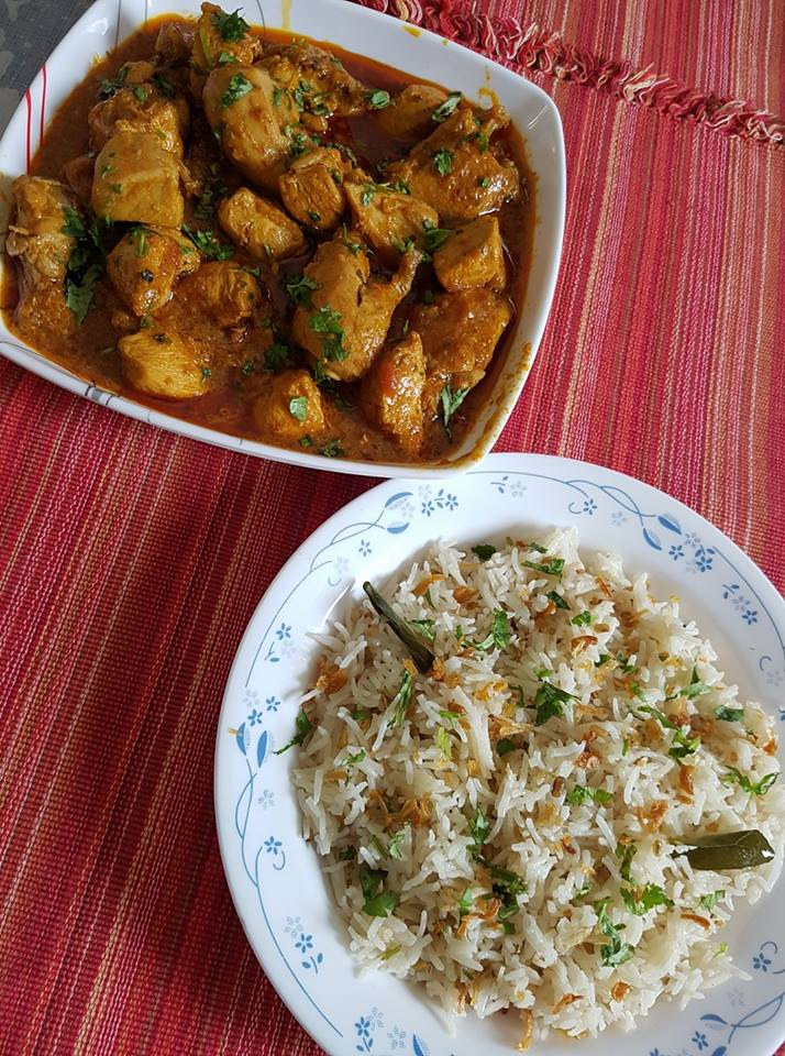 Rasoi_Recipes_Konkani Methi khichdi served with chicken masala