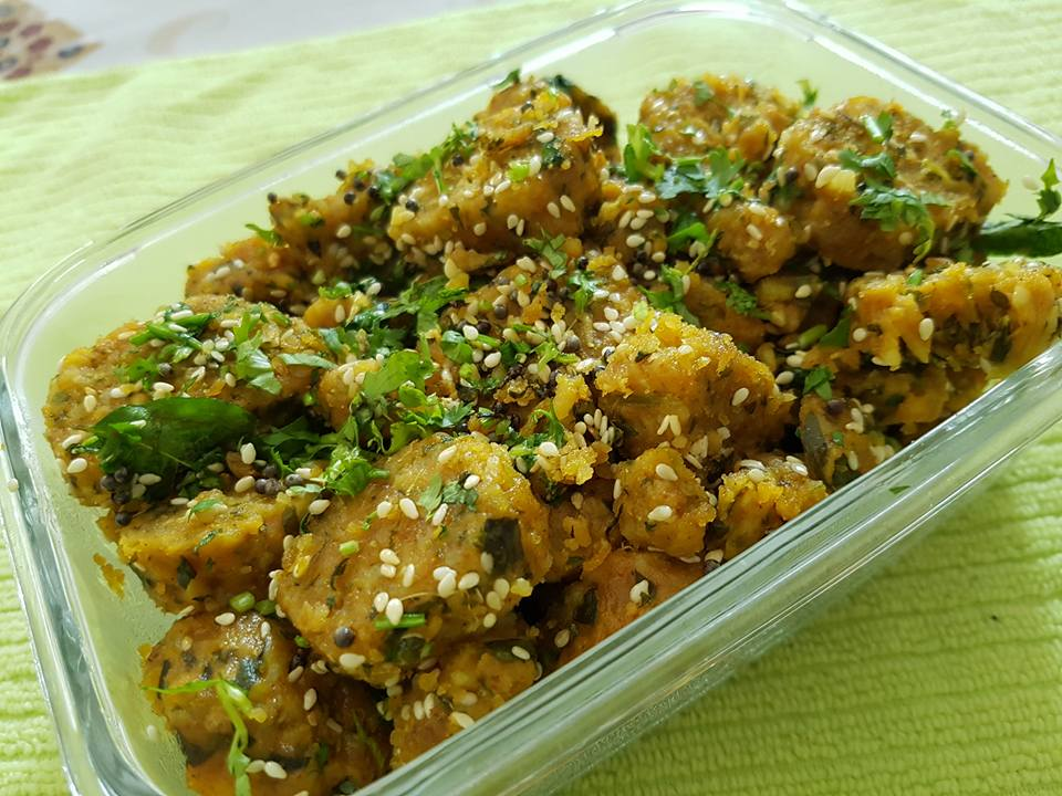 Rasoi_Recipes_lauki-methi Muthia