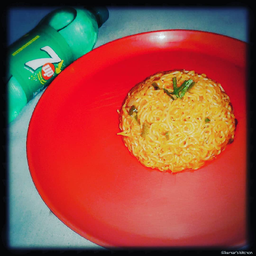 Stir fry Knorr masala noodles-by-Rasoirecipes