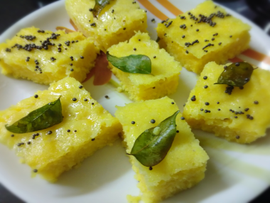 Authentic Gujarati Dhokla Recipe Breakfast-by-Rasoirecipes